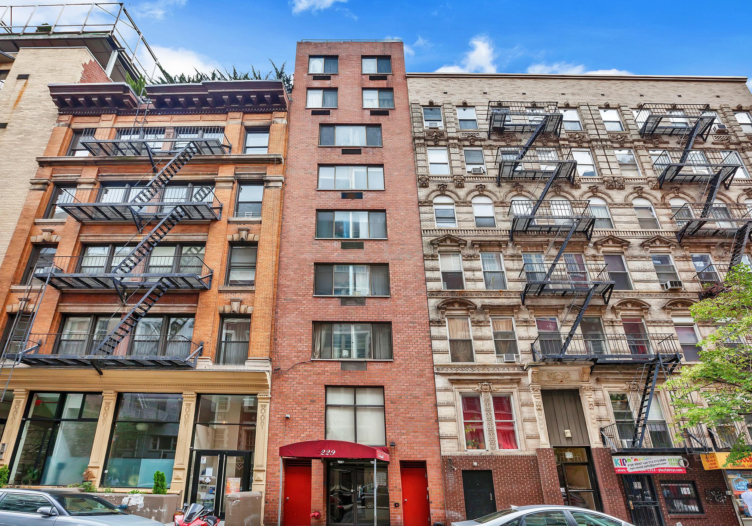 229 East 24th Street - $9,995,000