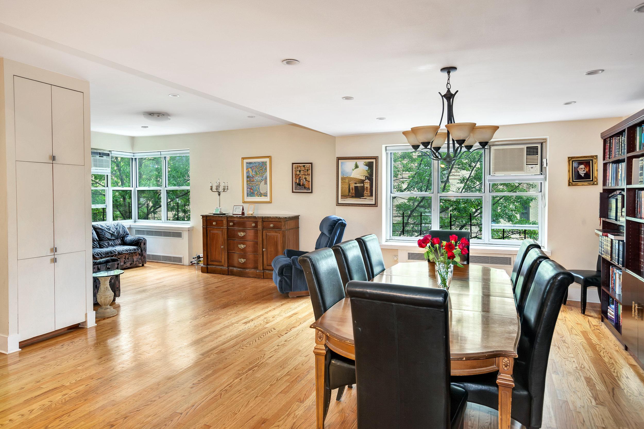 100 Bennett Avenue, #3D4CD - $1,350,000