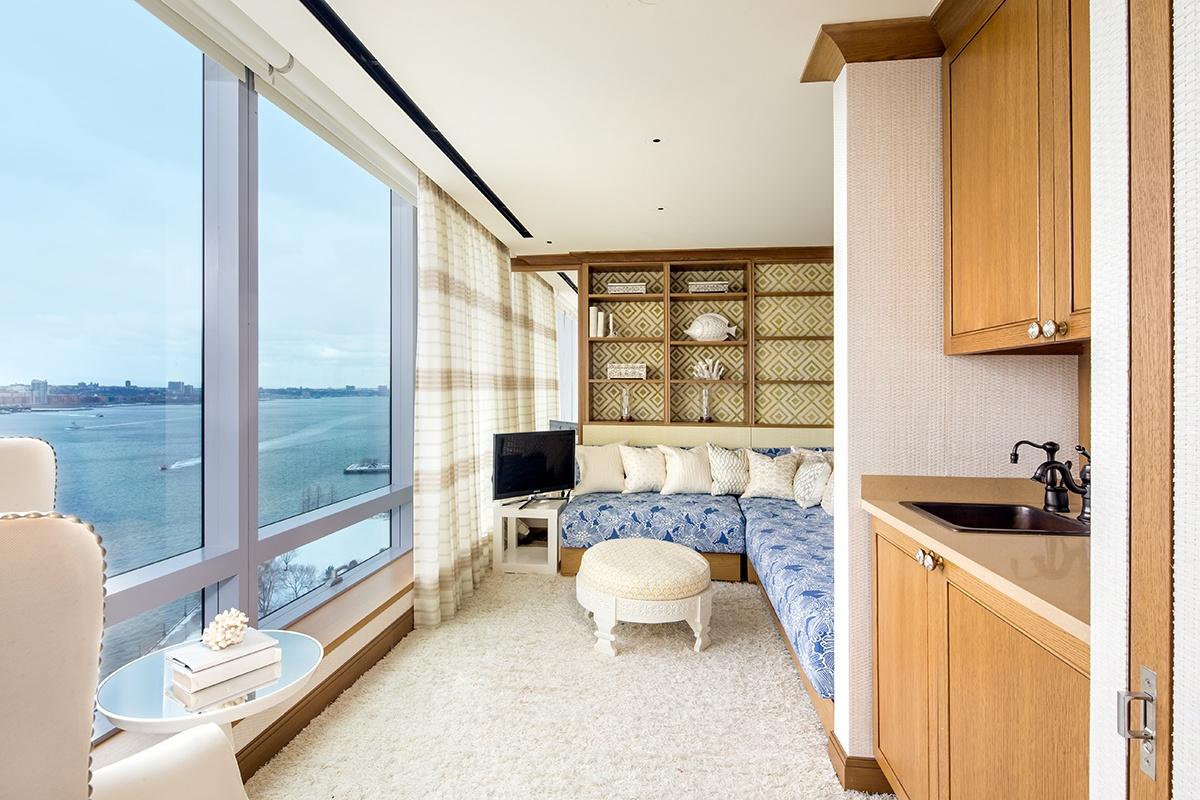 Tyra-Banks-Riverhouse-Duplex-Apartment-5.jpg