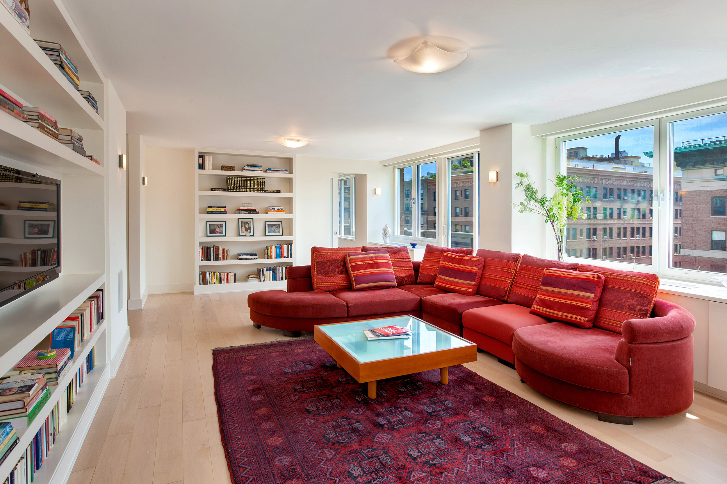 250West90thStreet17K_Dylan_Hildreth-Hoffman_DouglasElliman_Photography_28828821_high_res.jpg