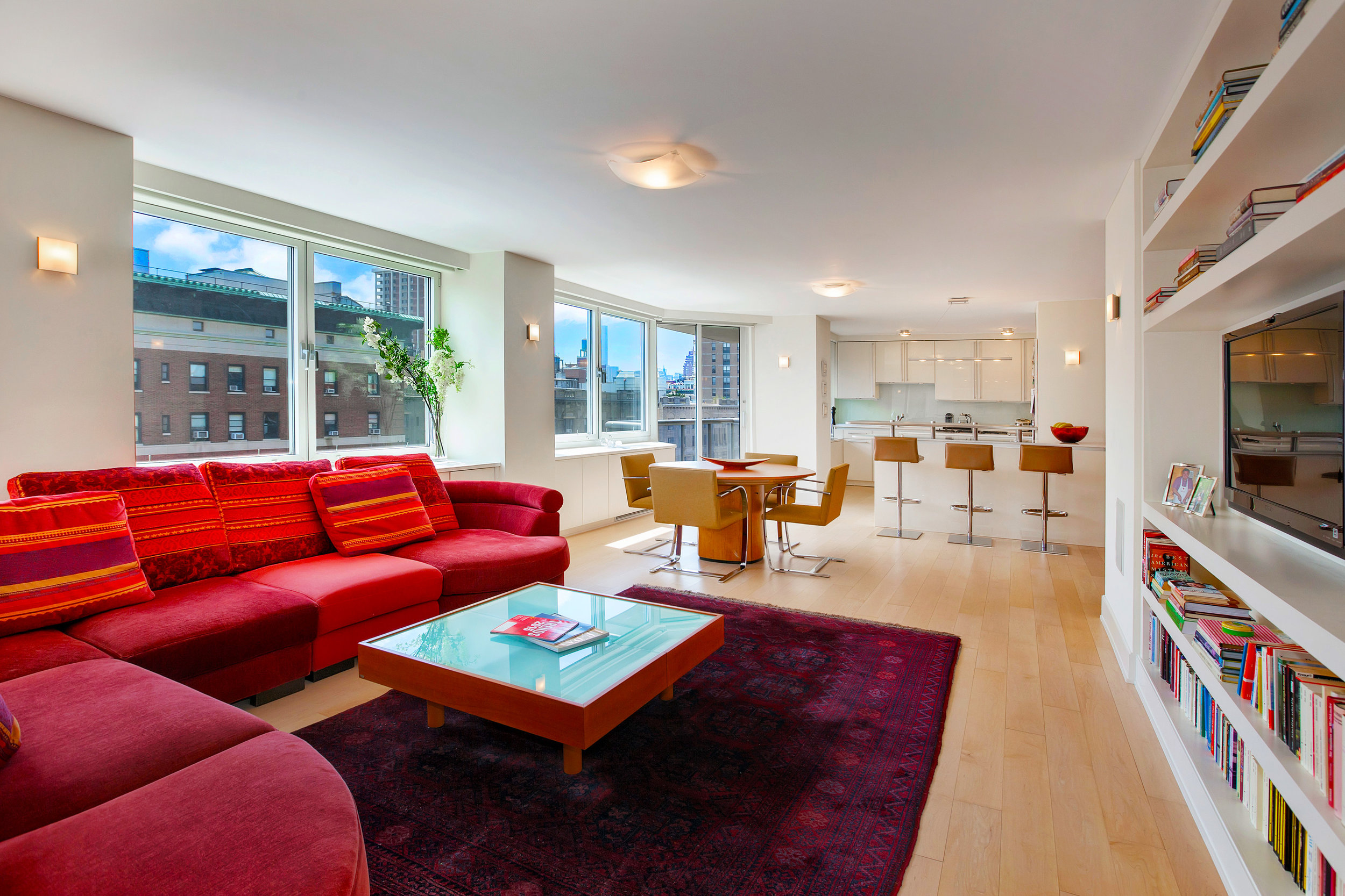 250West90thStreet17K_Dylan_Hildreth-Hoffman_DouglasElliman_Photography_28828987_high_res.jpg