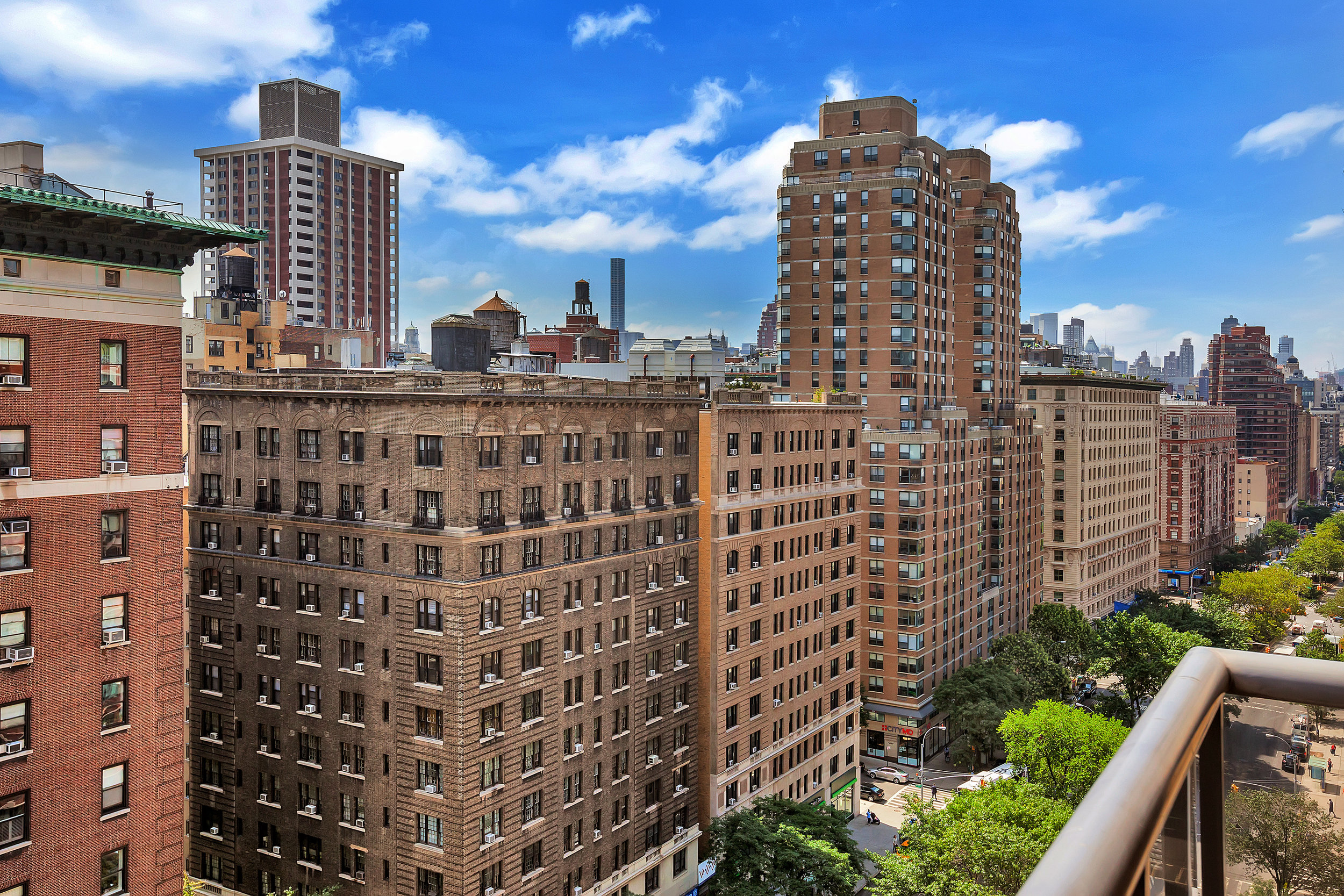 250West90thStreet17K_Dylan_Hildreth-Hoffman_DouglasElliman_Photography_28828782_high_res.jpg