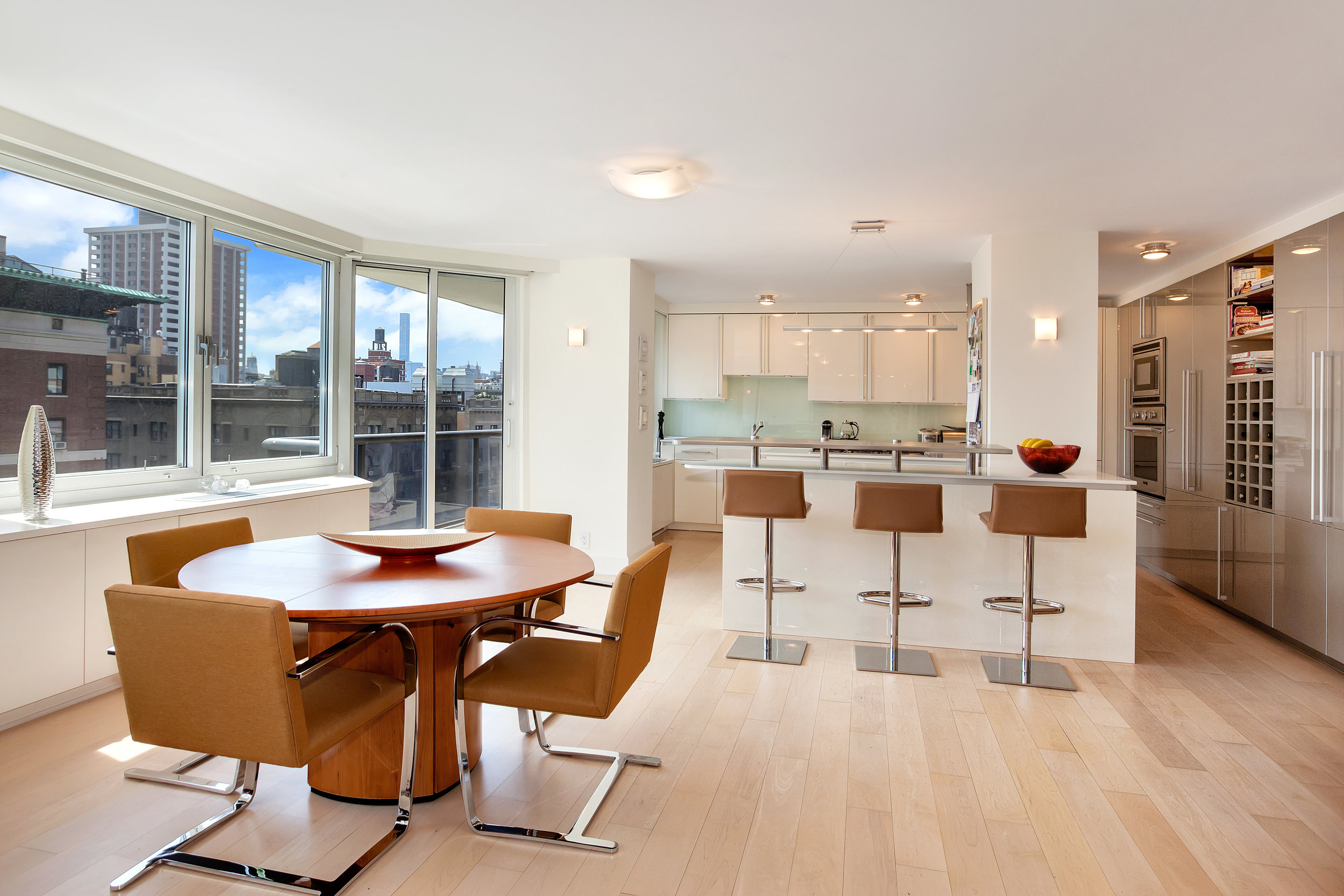 250West90thStreet17K_Dylan_Hildreth-Hoffman_DouglasElliman_Photography_28829050_high_res.jpg