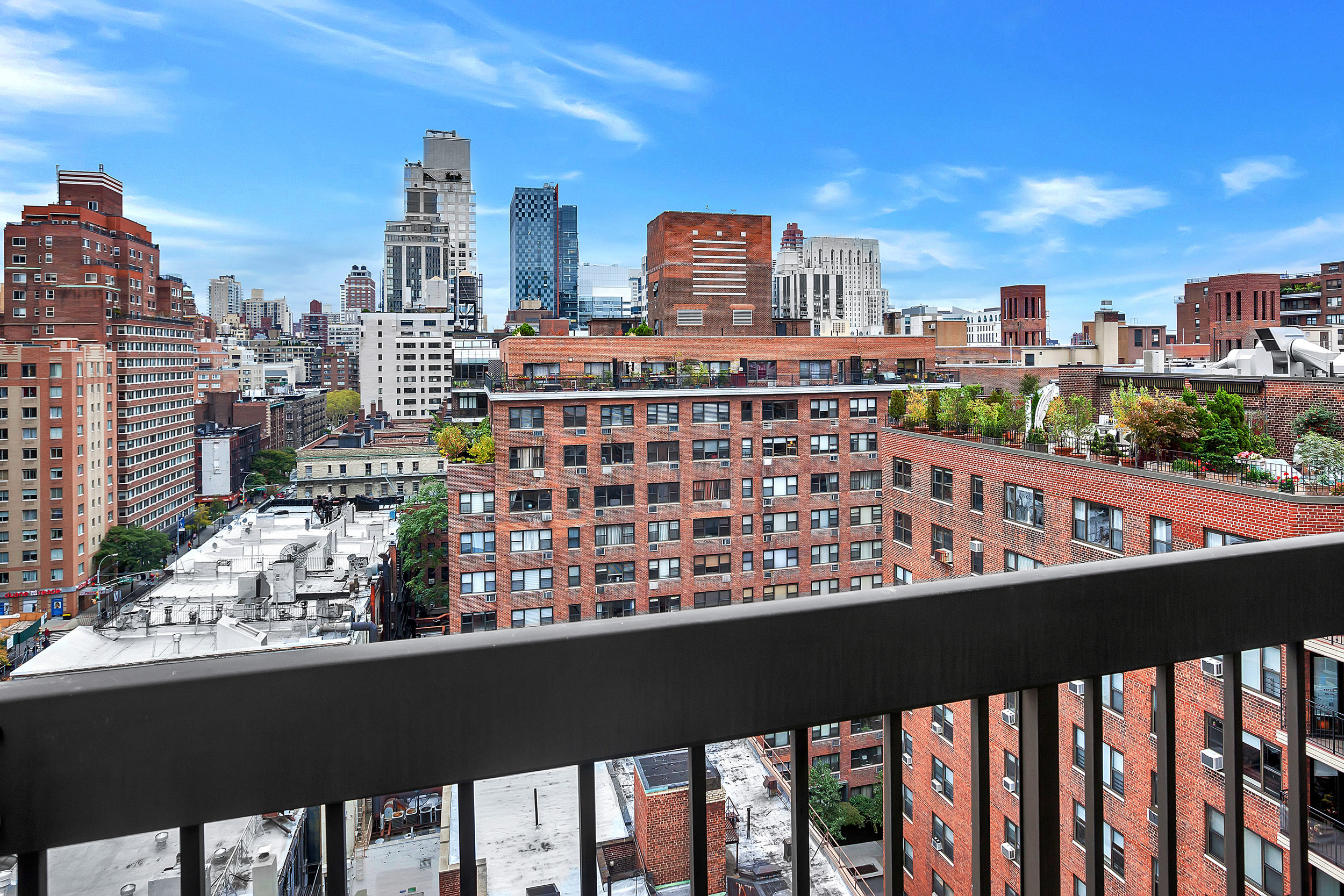 403East62ndStreet11A12A_Dylan_Hildreth-HoffmanDouglasElliman_Photography_20261497_high_res.jpg