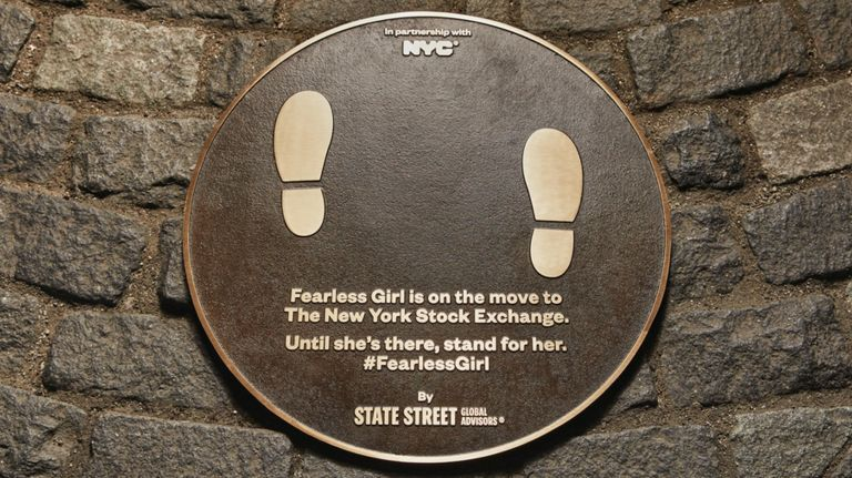 fearless-girl-replacement-plaque.jpg