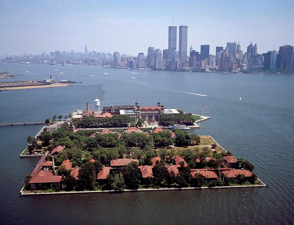 2.-Ellis-Island.jpg