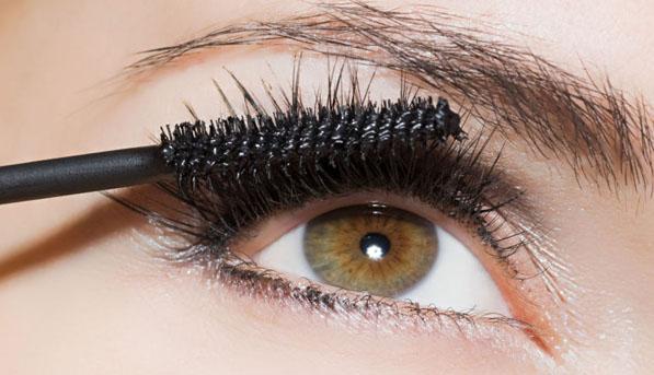 Best Mascaras for Eyelash Extensions