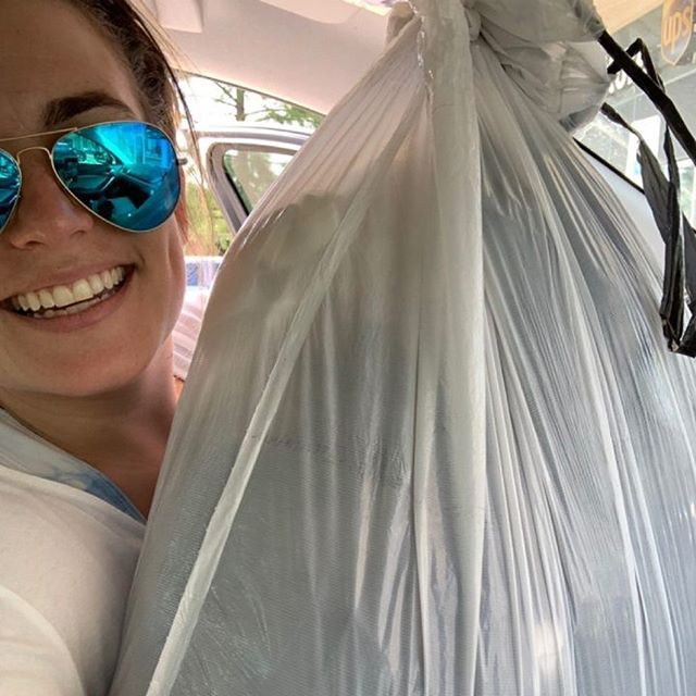 Who is sheeee? Shout out to our social chair, @briediculouz, for donating our FIRST round of @genesiswomensshelter Thrift Store goodies!! Haven't cleaned out that closet yet? Don't fret! You can still enter to win an @amazon gift card when you send us a selfie of you donating! Happy cleaning, ladies👗
