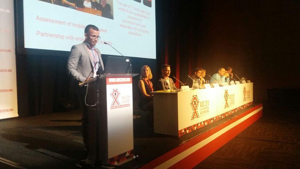 UNAIDS BRASIL  UNAIDS Brasil apresenta projeto inovador em prevenção entre jovens na 21ª Conferência
