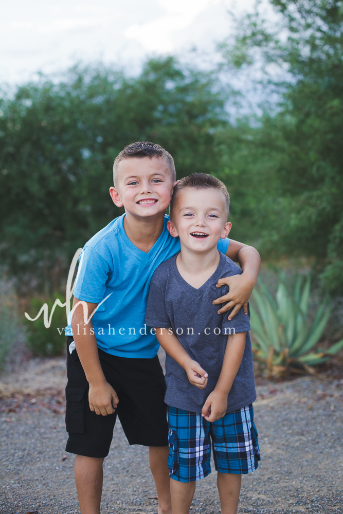 Yreka Family Photographer - Brother Photoshoot (1 of 9).jpg