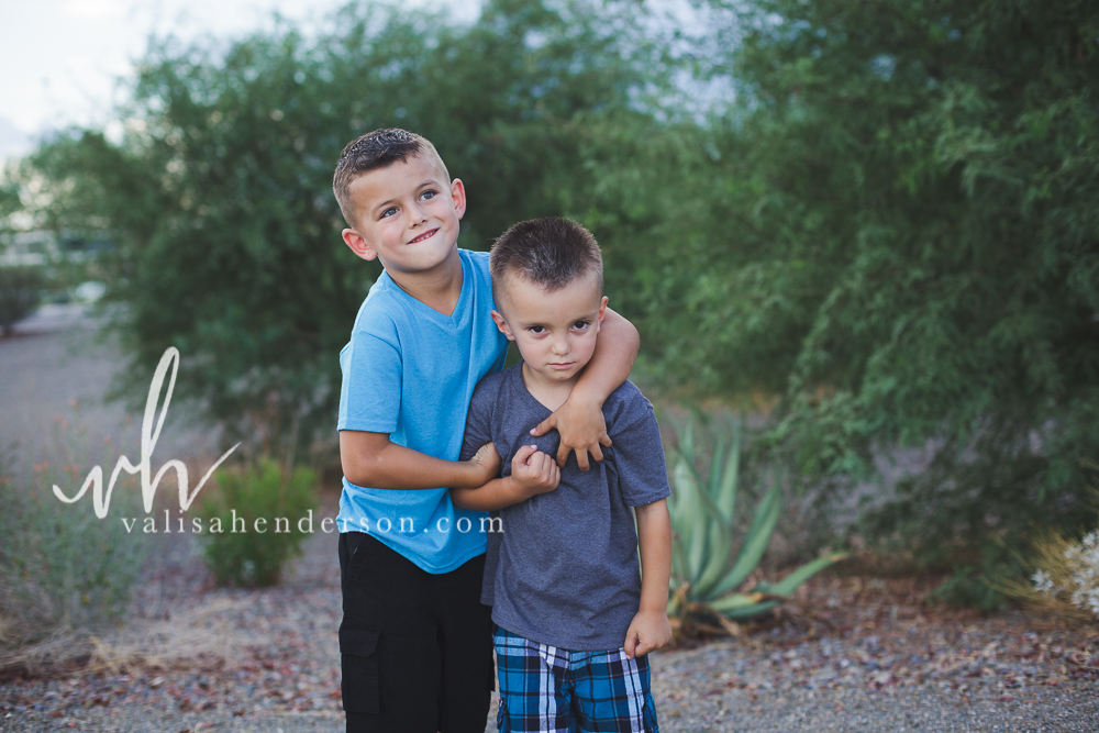 Yreka Family Photographer - Brother Photoshoot (8 of 9).jpg