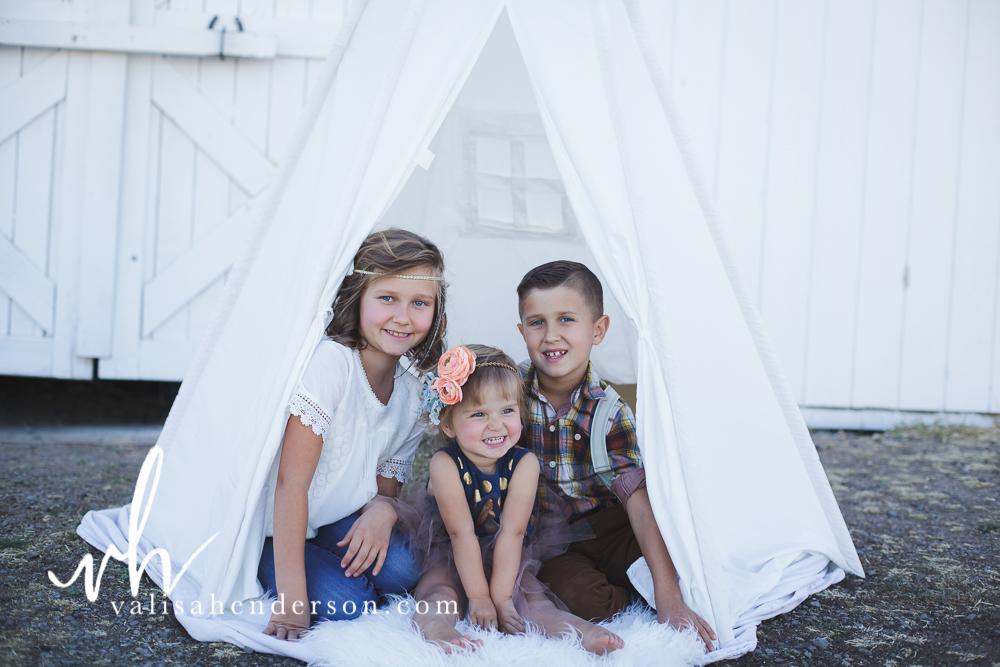 Yreka Family Photographer - Brownell Kids (16 of 55).jpg