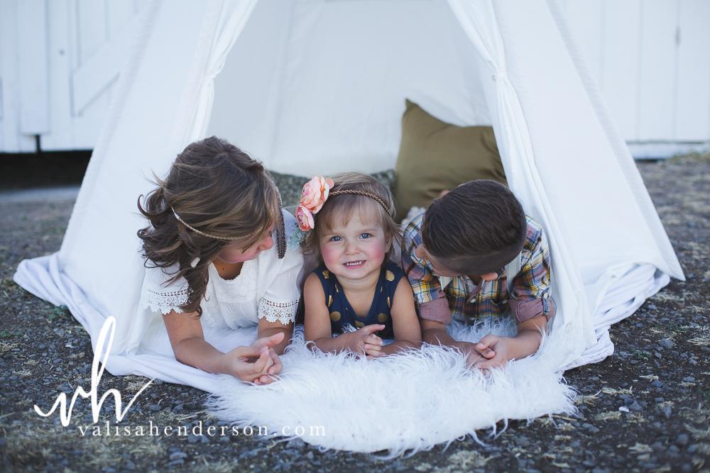Yreka Family Photographer - Brownell Kids (21 of 55).jpg