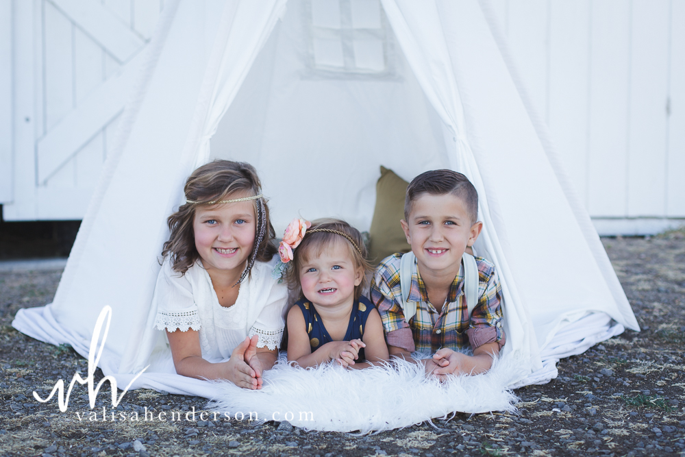 Yreka Family Photographer - Brownell Kids (20 of 55).jpg