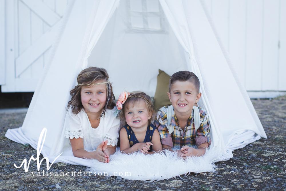Yreka Family Photographer - Brownell Kids (20 of 55).jpg