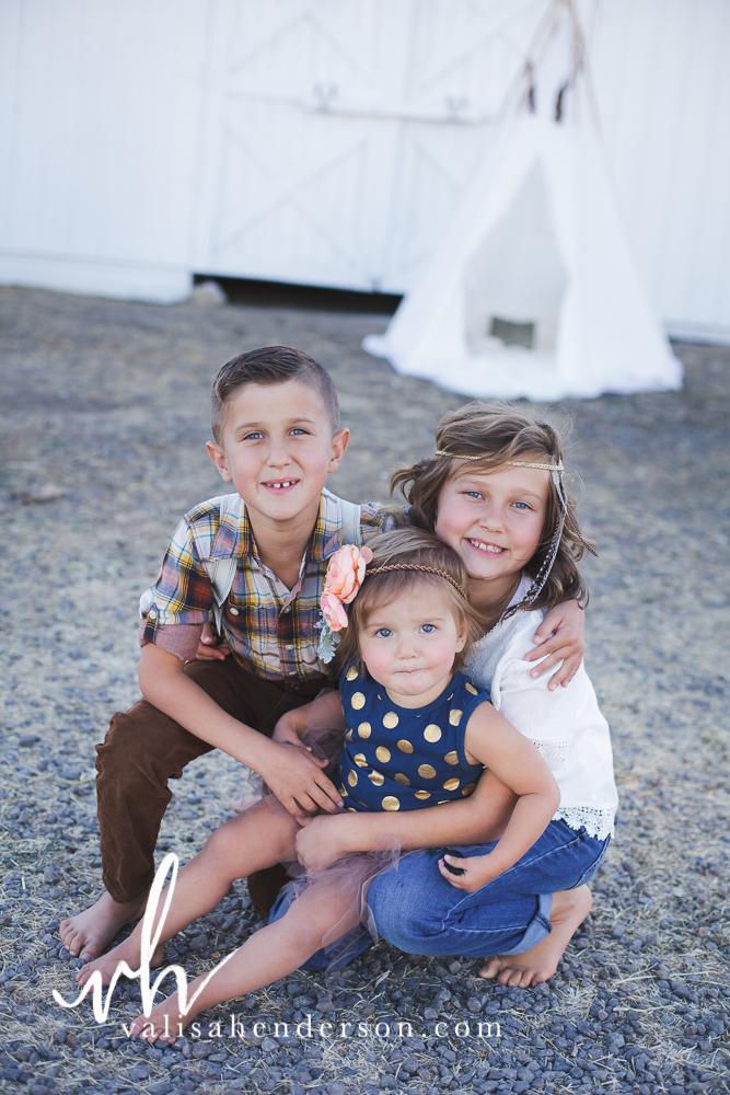 Yreka Family Photographer - Brownell Kids (35 of 55).jpg