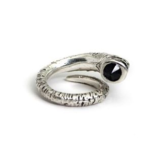 I love this rams horn ring by @kimberlybakerstudio !!