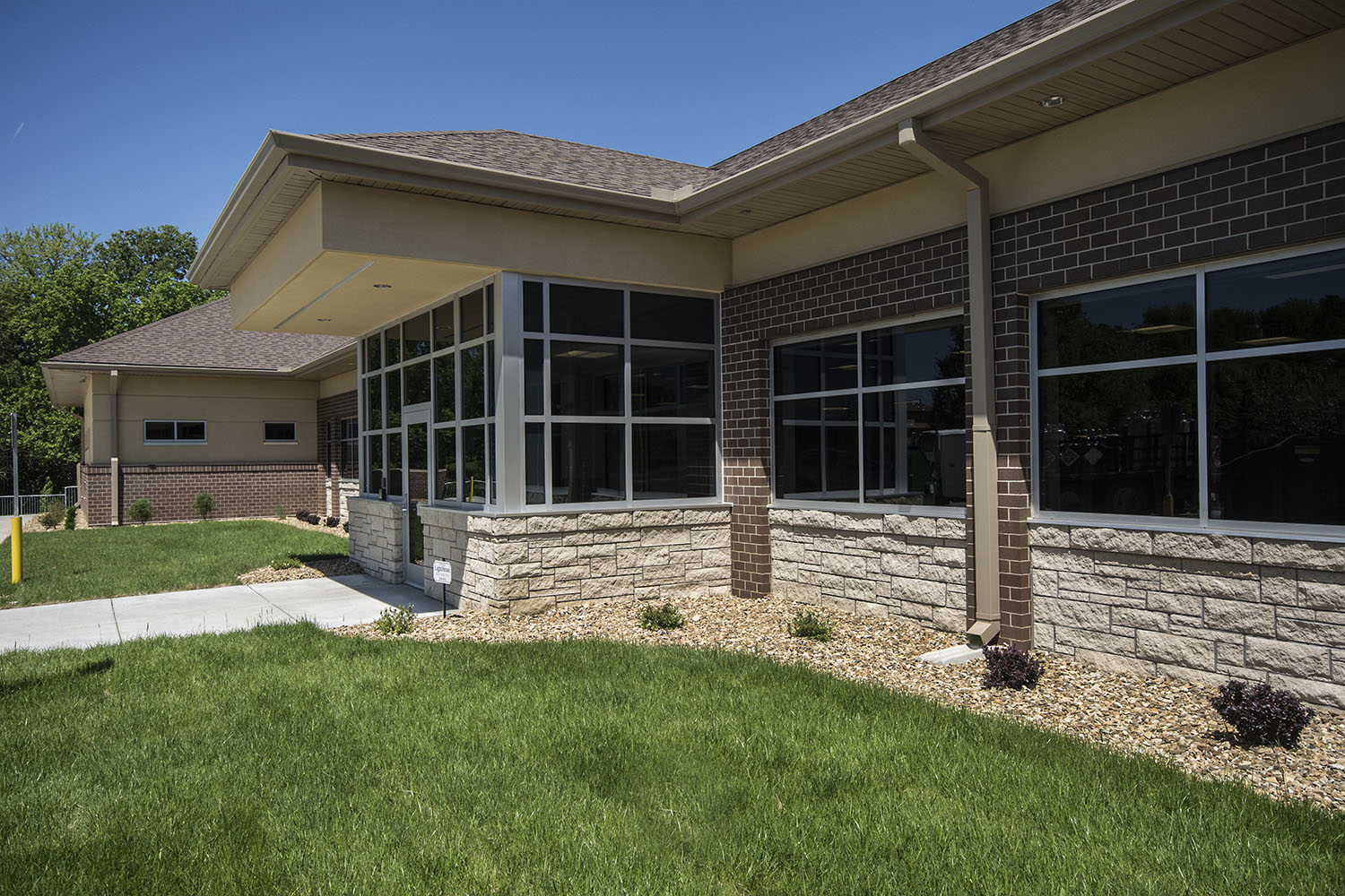 SVHC North Clinic Exterior Front.jpg