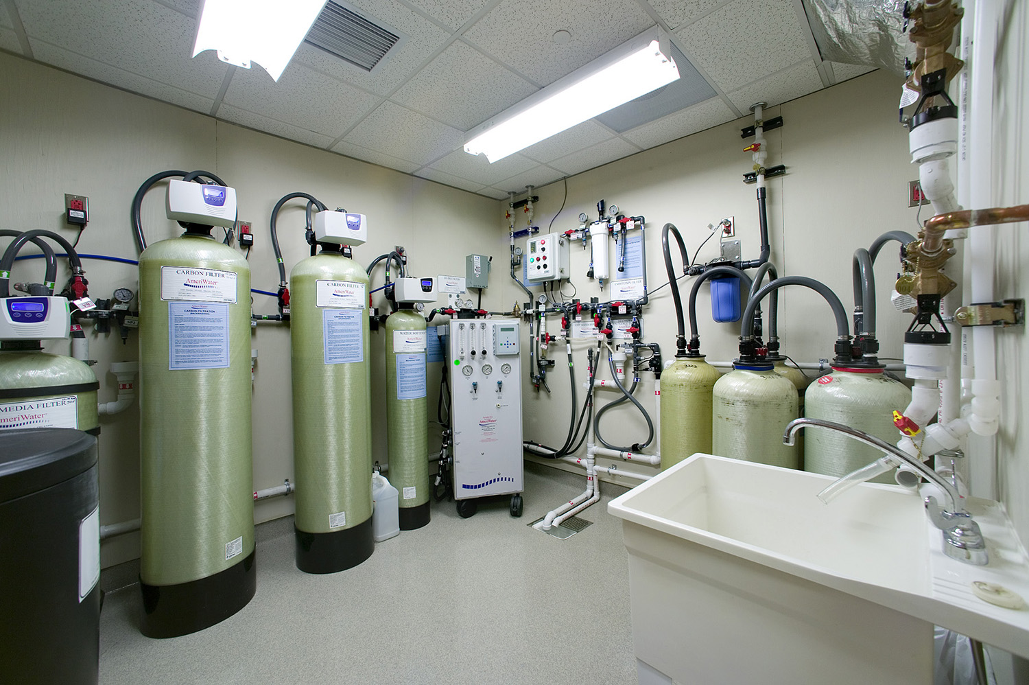 NKCH Cardia Center Water Room.jpg
