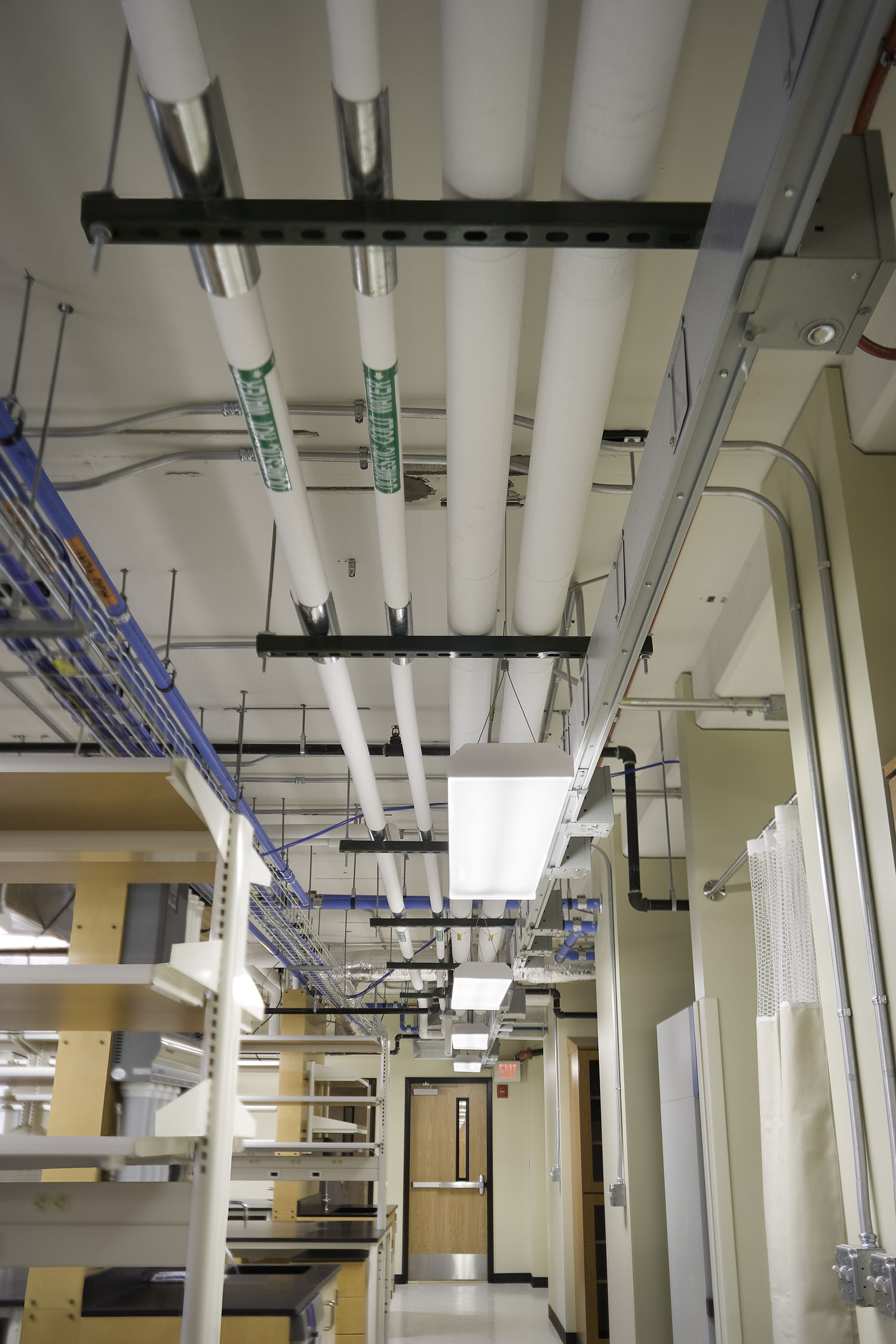 KUMC-Interior-Lab8.jpg