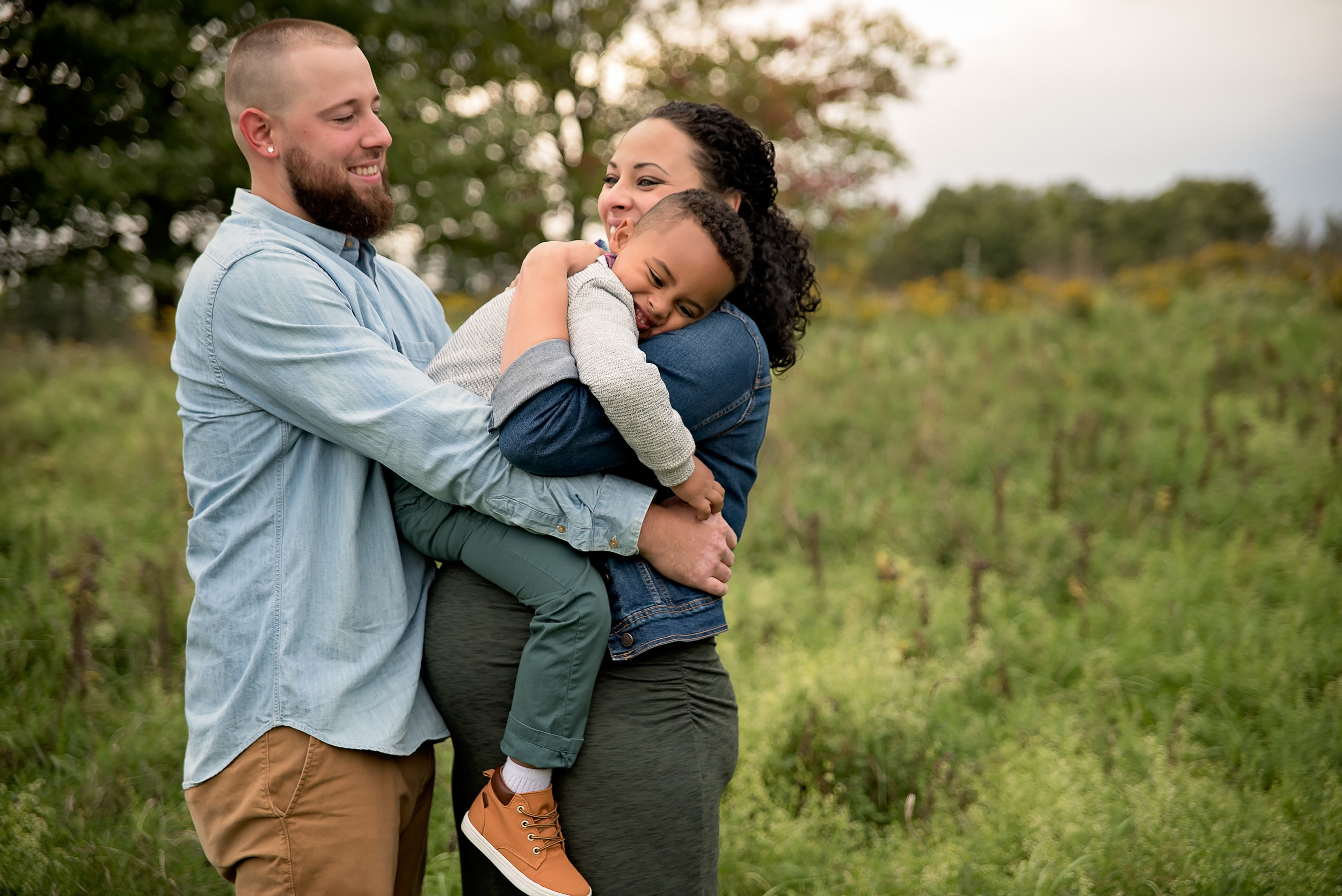 Buffalo & WNY Maternity Photographer