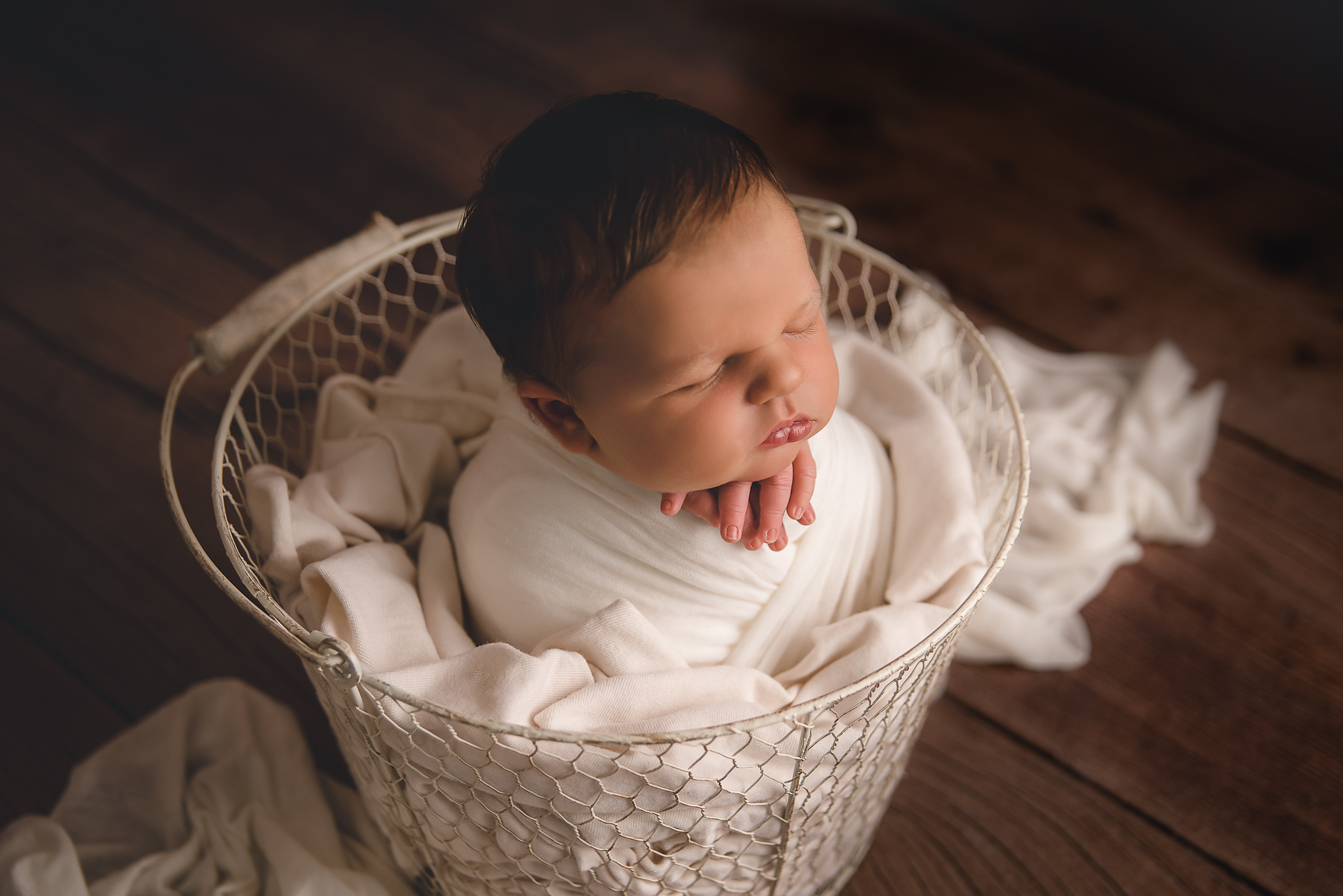 Buffalo Newborn Photographer (2).jpg
