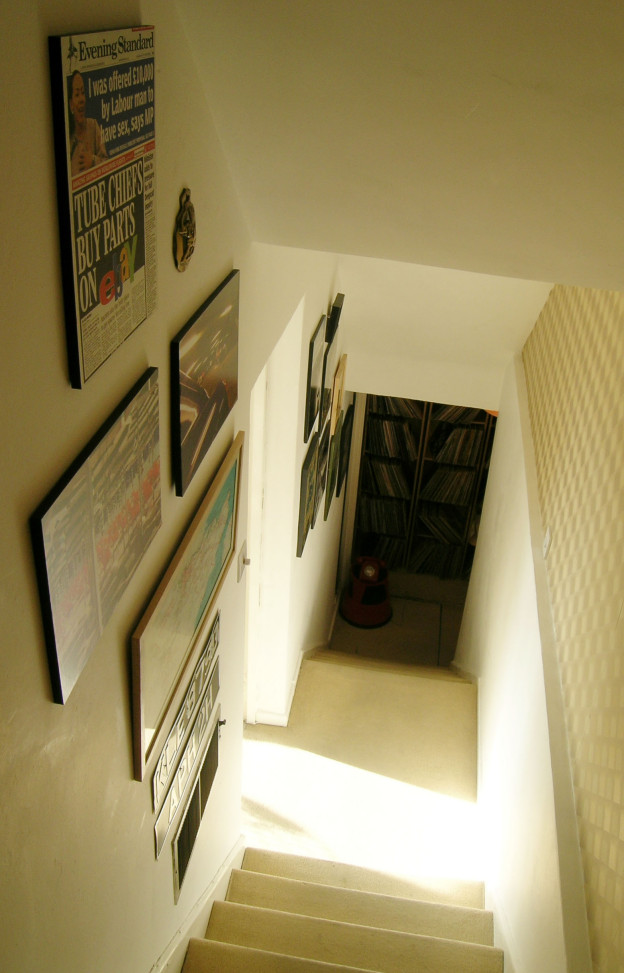 Perronet House, staircase in flat