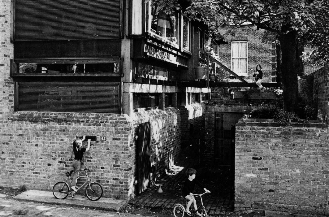 Cullinan House, 1964