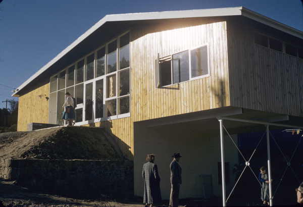 Age Dream House, Surrey Hills, Victoria, 1955