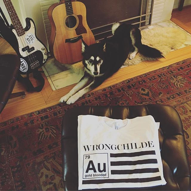 Everyone who vid messages me today on Supercan will get a @wrongchilde #goldblooded t-shirt hot and deep inside your mailbox 📬+ bonus genuine non-synthetic dog hairs. **link in bio! (no topic off limits) #88NV