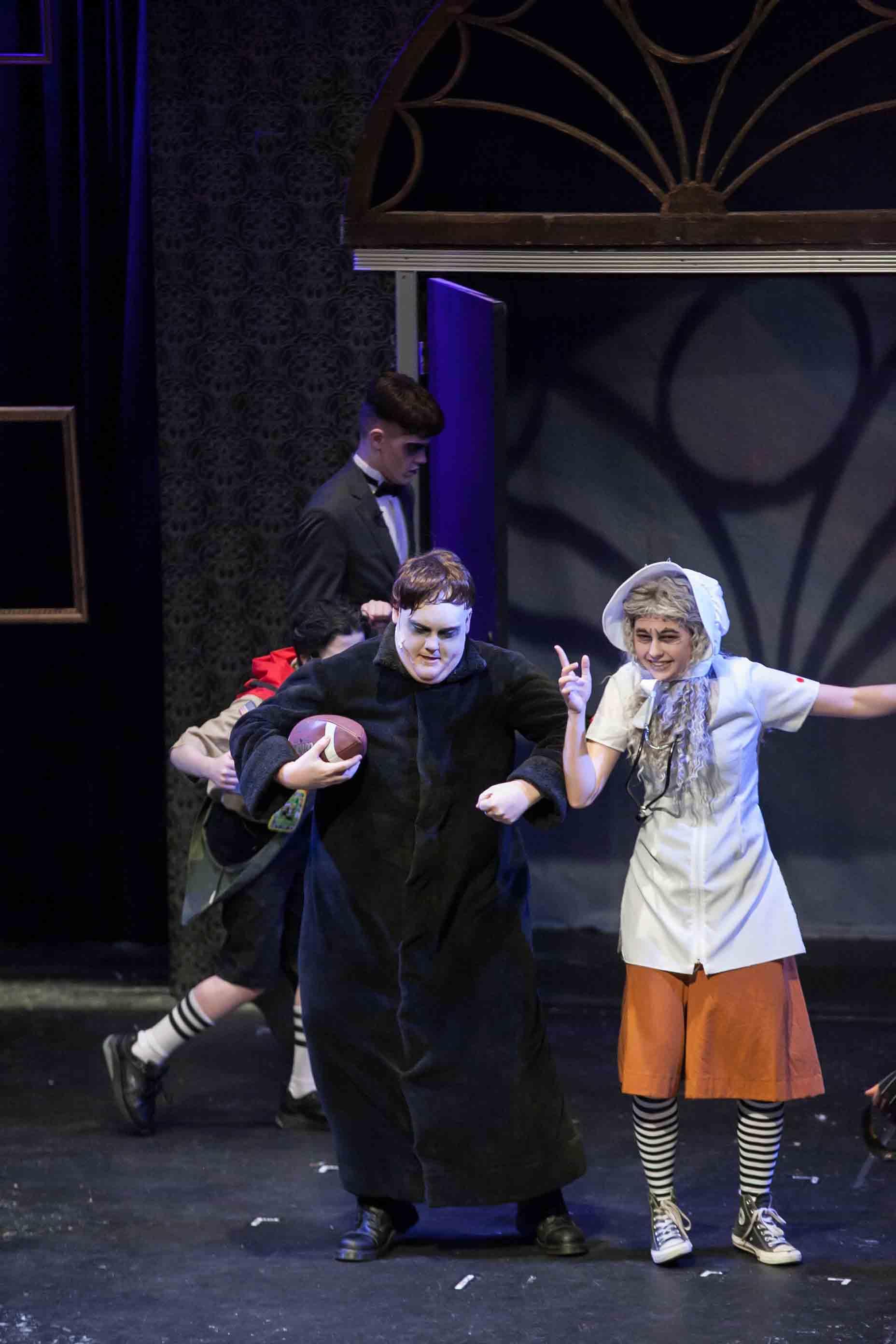 6-19-16 Addams Family Kooky Cast 0164.jpg