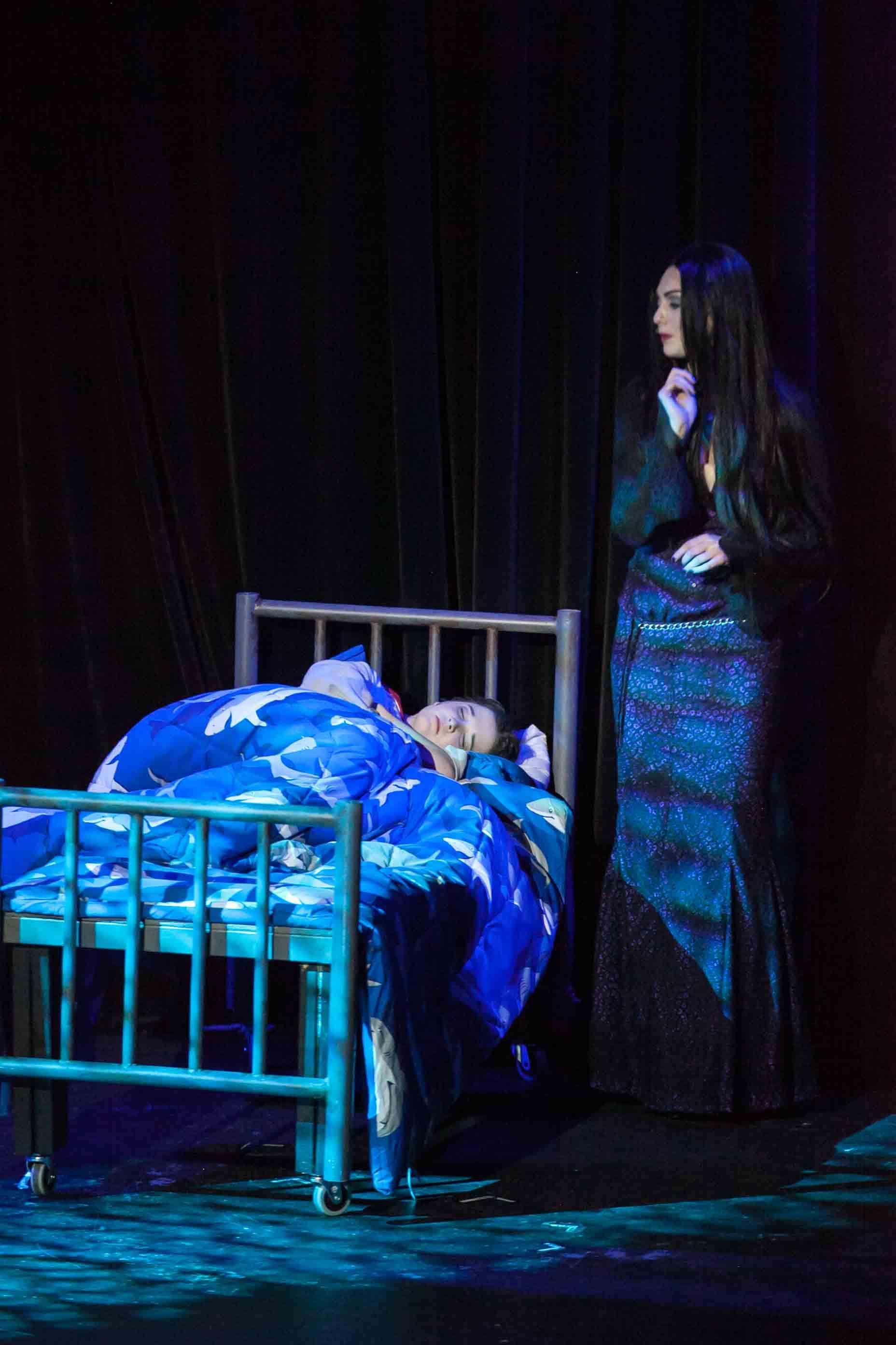 6-19-16 Addams Family Kooky Cast 0361.jpg