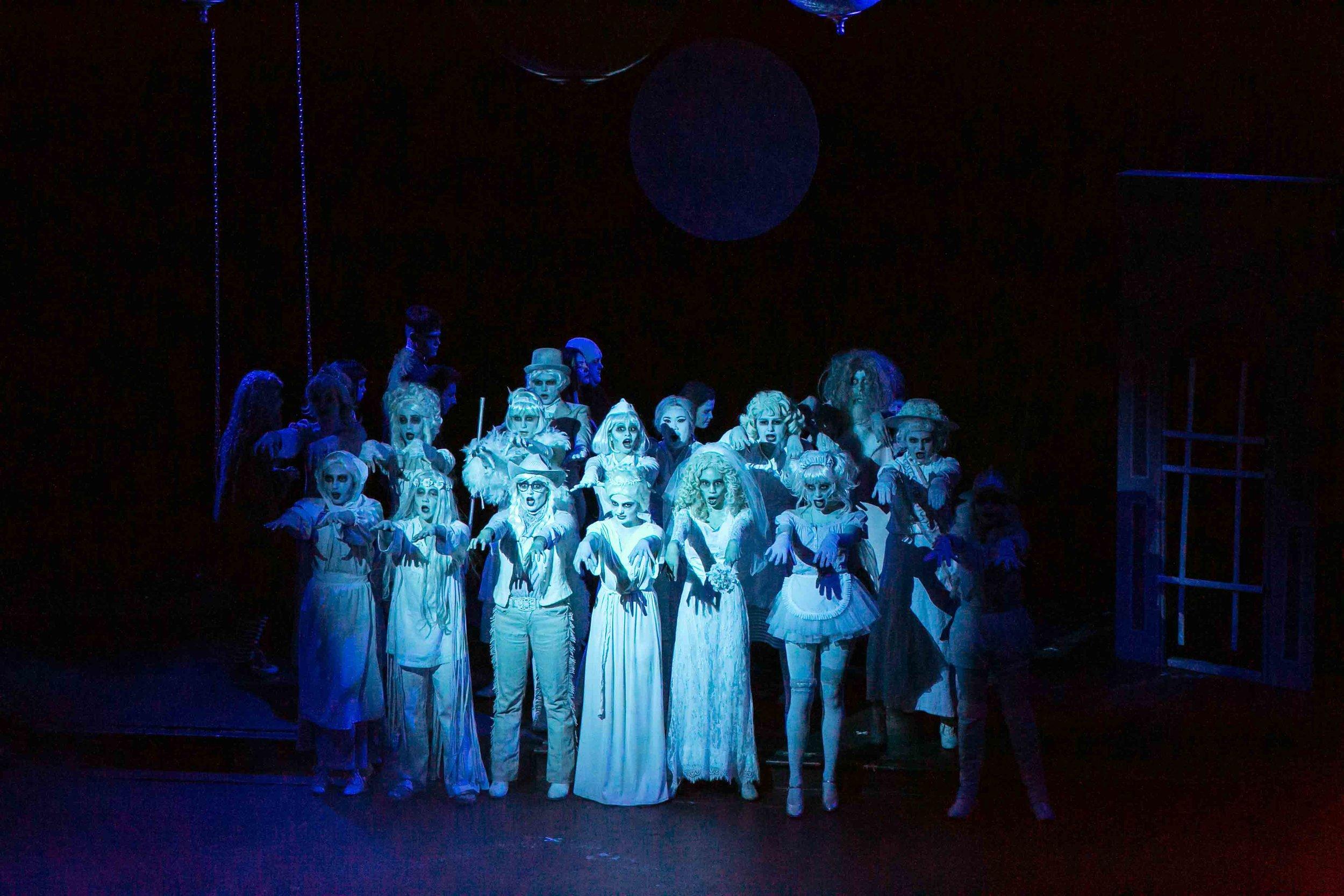 6-19-16 Addams Family Kooky Cast 0042.jpg