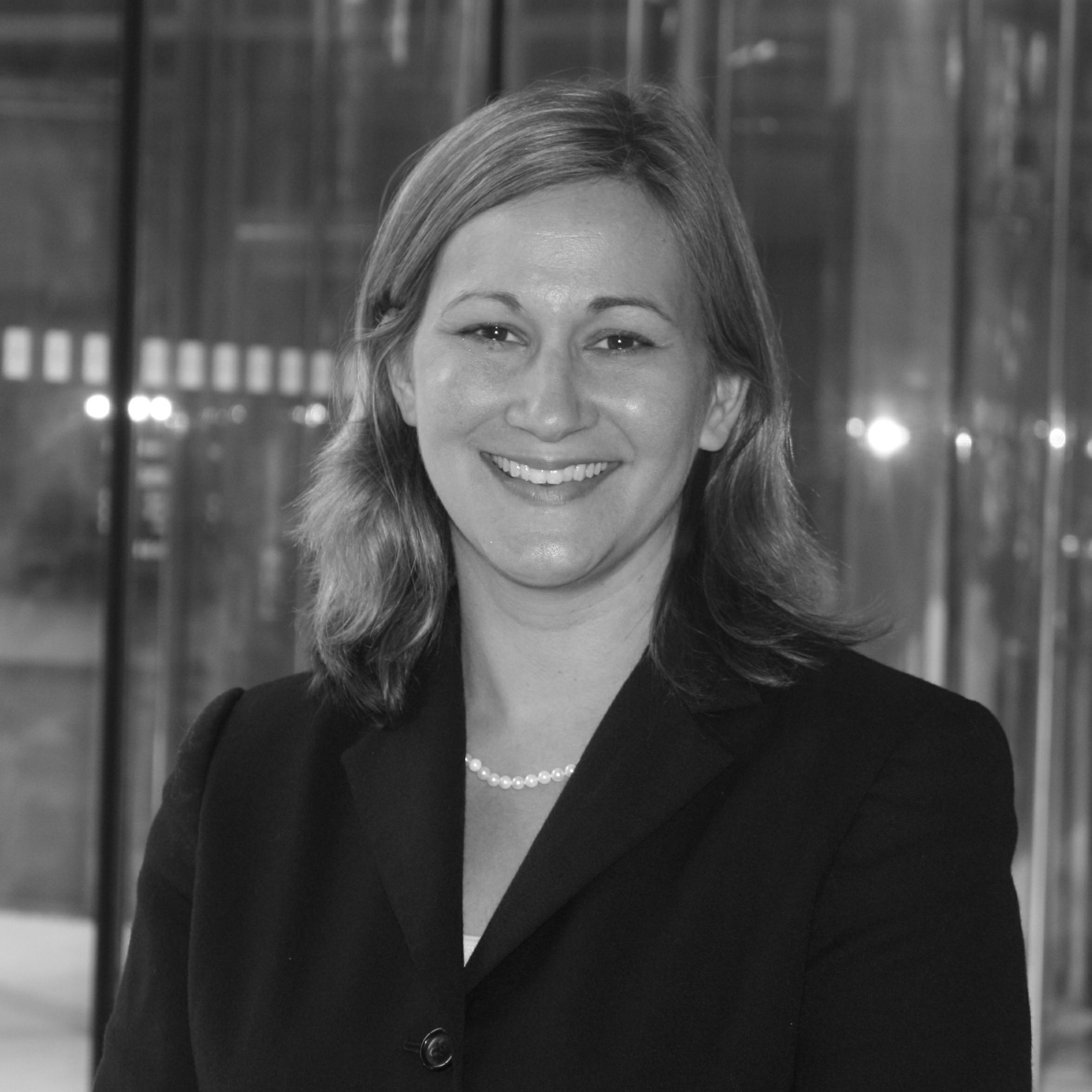 Nicole R. Kramer