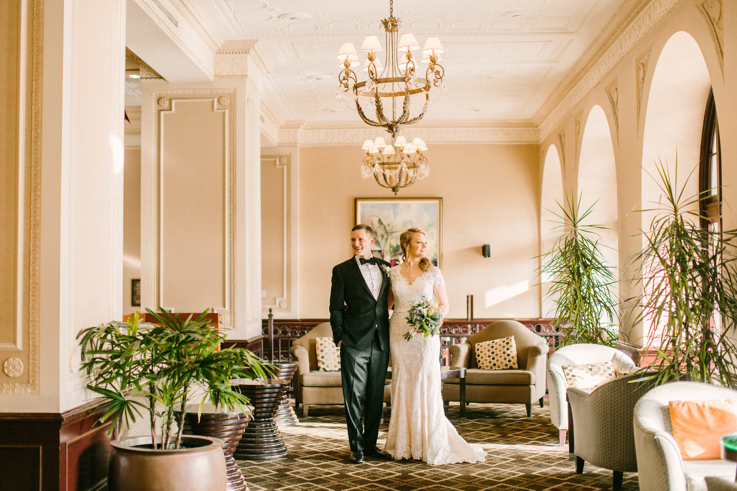Veronica Young Photography, St. Louis Wedding photographer, Chase Park Plaza Wedding