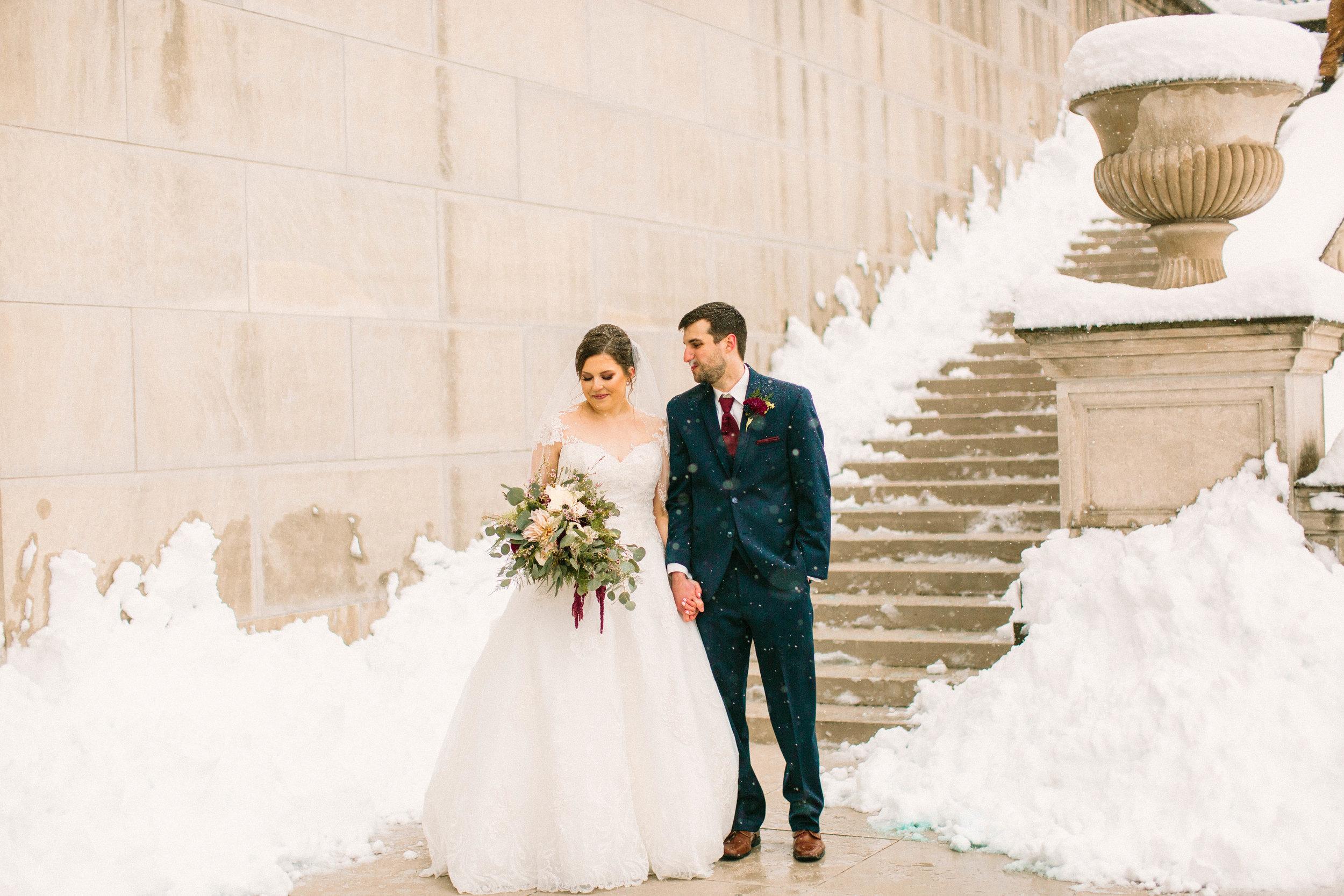 Veronica Young Photography, St. Louis wedding photographer, Jefferson City wedding, Snow wedding