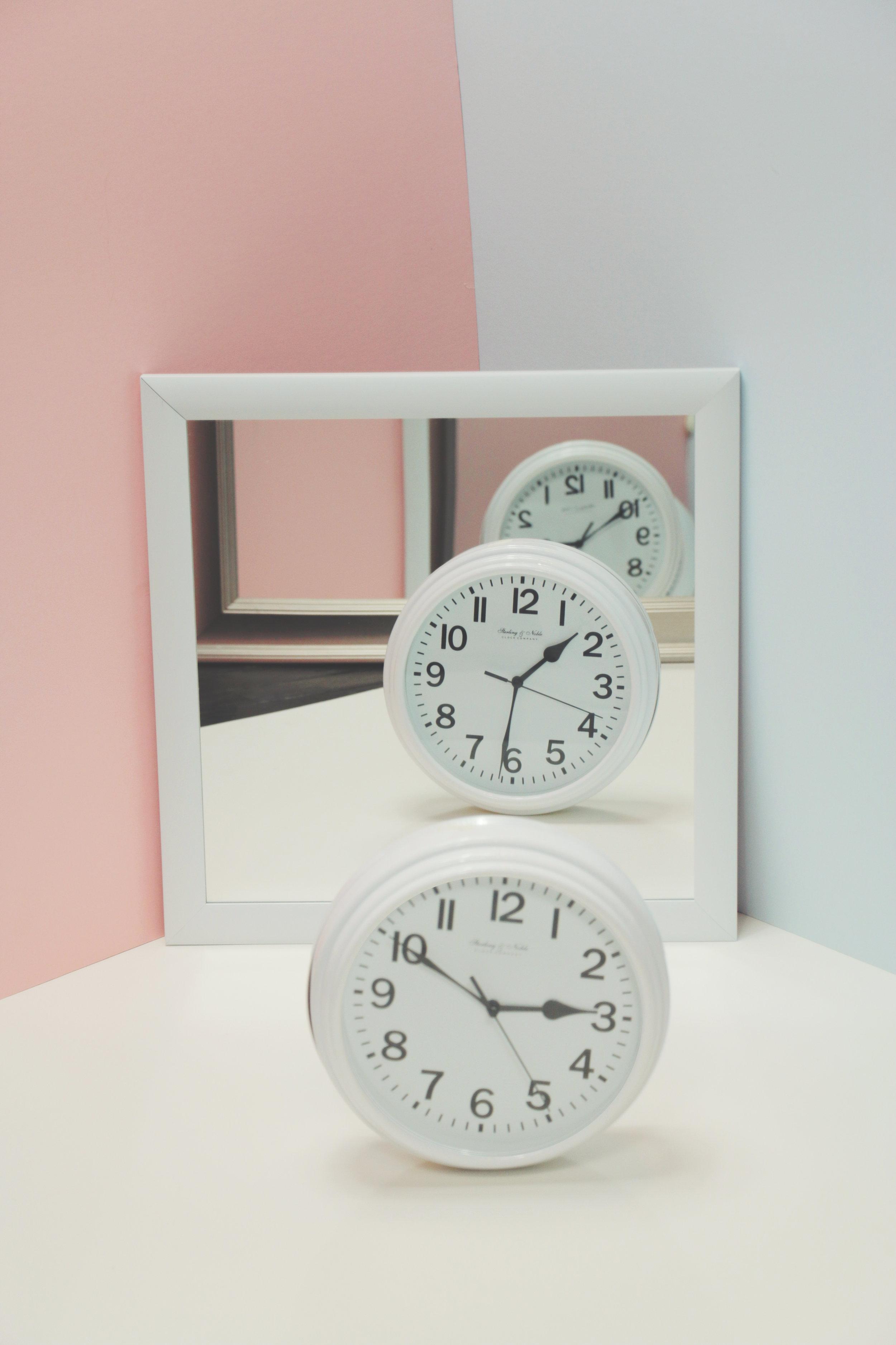 Clock_4_Vertical.jpg