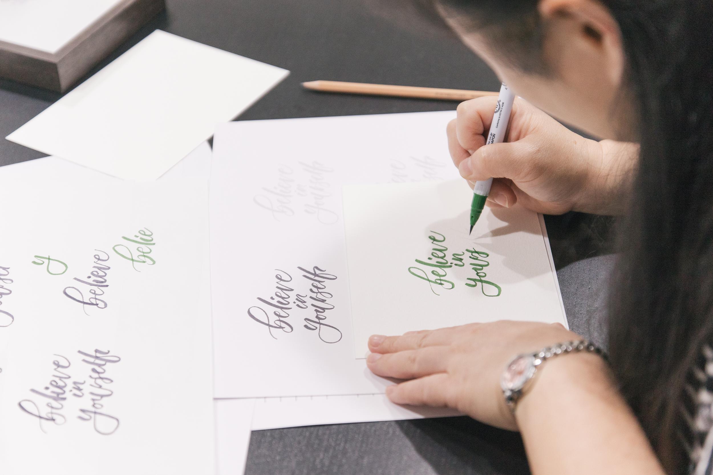 簡單寫字 x 我思文創 英文藝術字課程幕後花絮