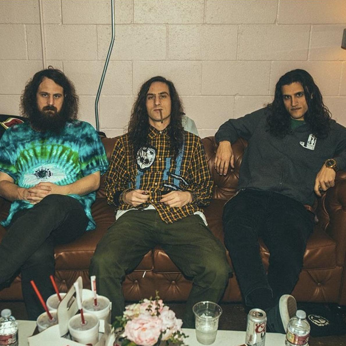 hippie sabotage wears marsanne brands on us tour -