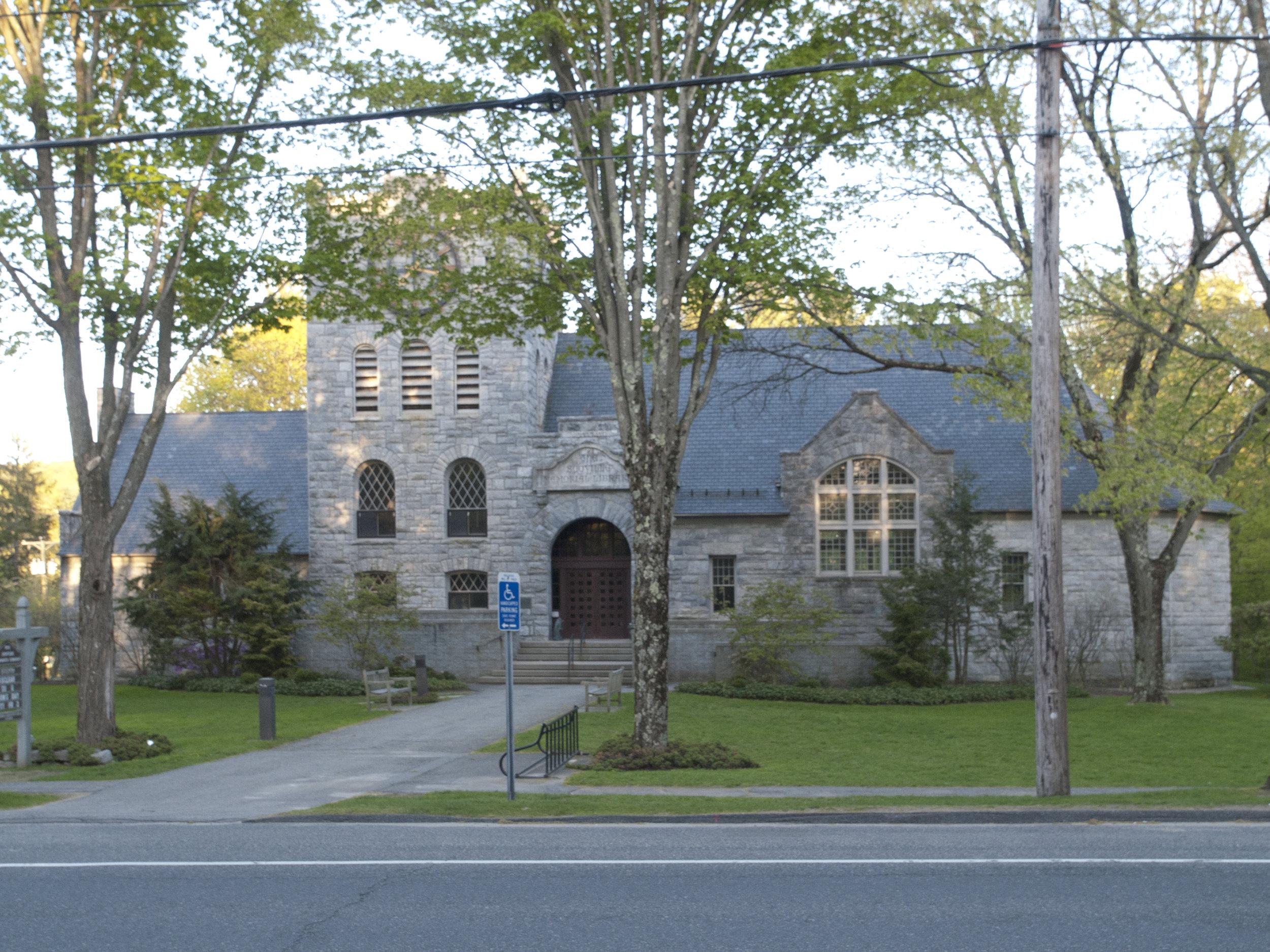 Scoville Memorial Library 2.jpg