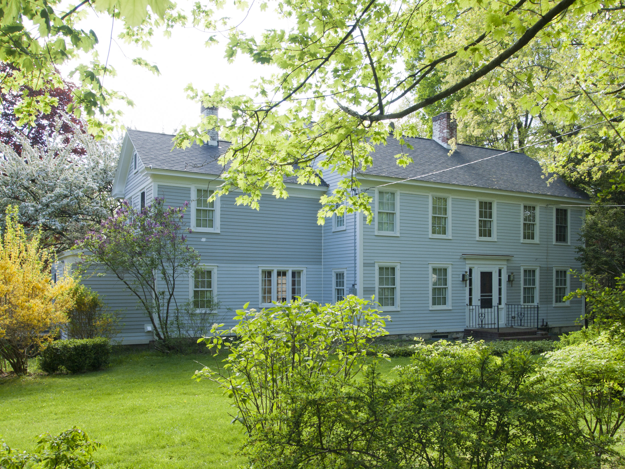 Anne Day listed as 459 469 Twin Lakes Rd. Windy Hill; CC thought Old Asylum House.jpg
