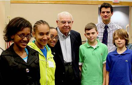 Joe Diamond with Summer Institute students.jpg