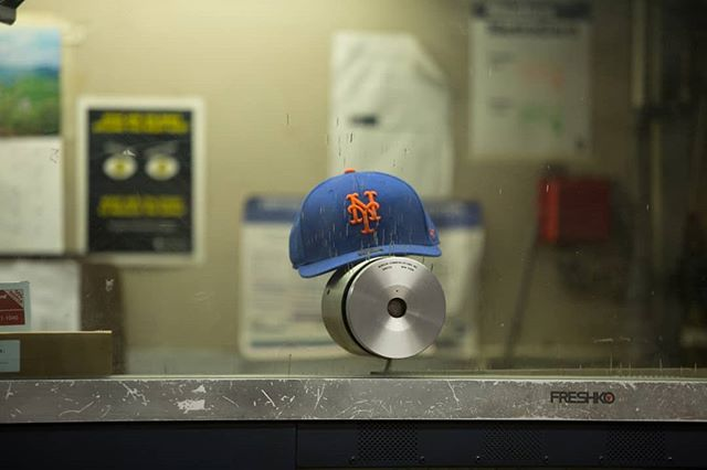 Root, root, root for the express train. If it doesn't come, it's a shame! #photo #photographer #photography #nyc #newyork #newyorkcity #newyorker #nycspc #streetshot #streetscene #streetphoto #streetphotographer #streetphotography #nycstreetphotography #urban #urbanlife #nycsubway #workweek #mets #nycbaseball #nyccommute #mta