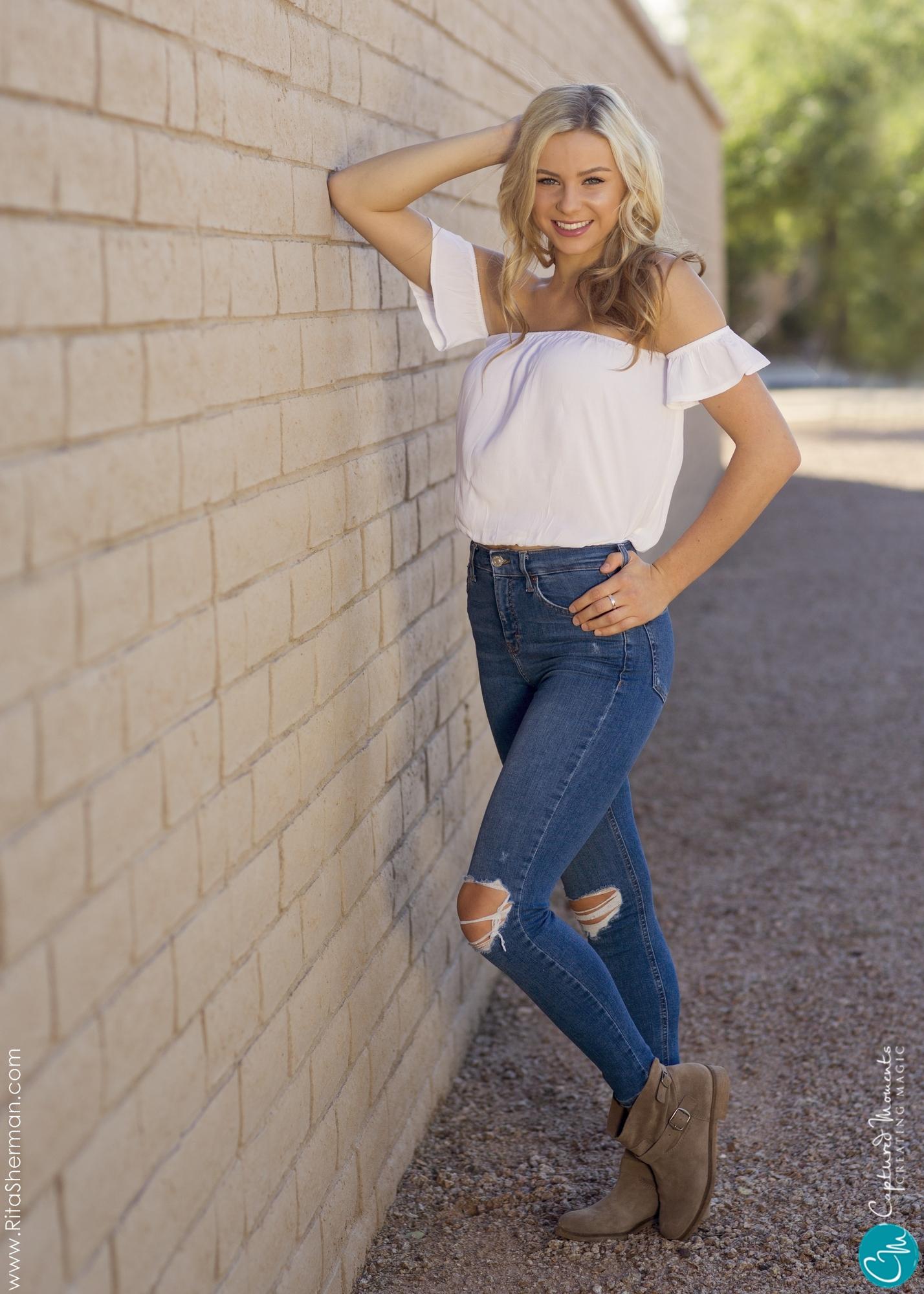 Scottsdale-Portraits-Senior--scottsdale-photographerCaptured-Moments104.jpg