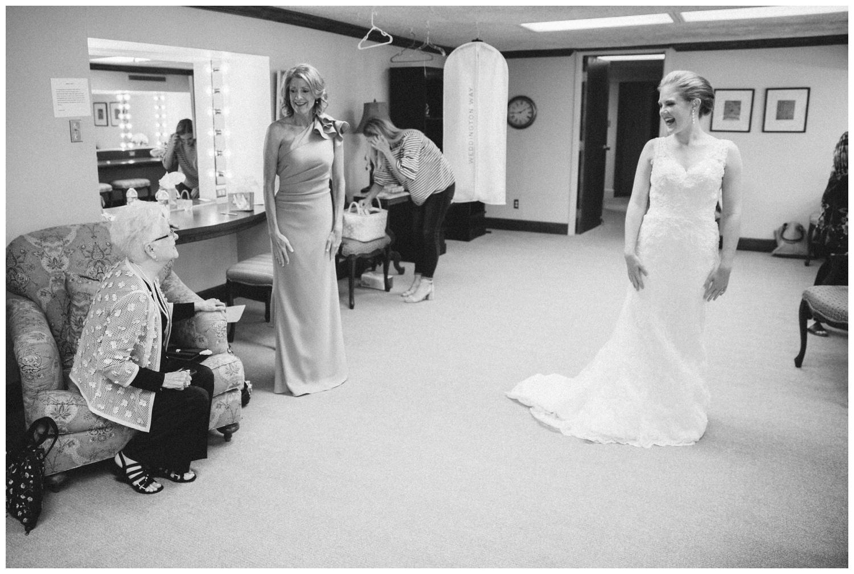 classic-country-club-wedding-lubbock-texas-26.jpg