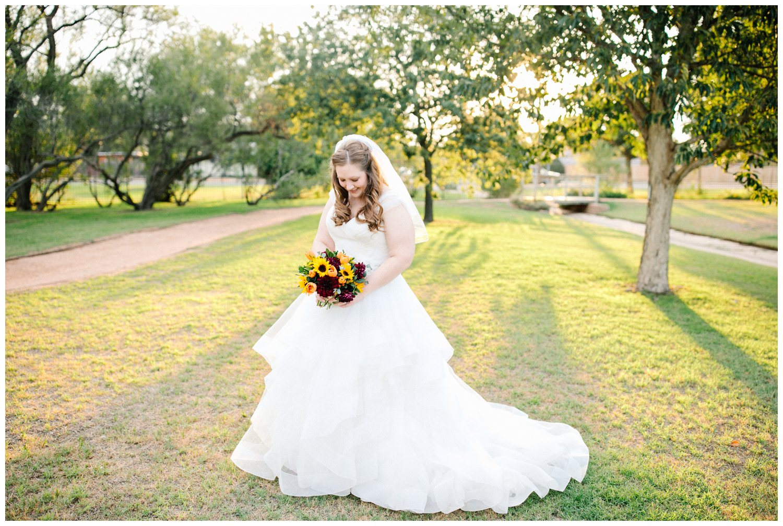 Kamie_Lubbock arboretum bridal portraits_26.jpg