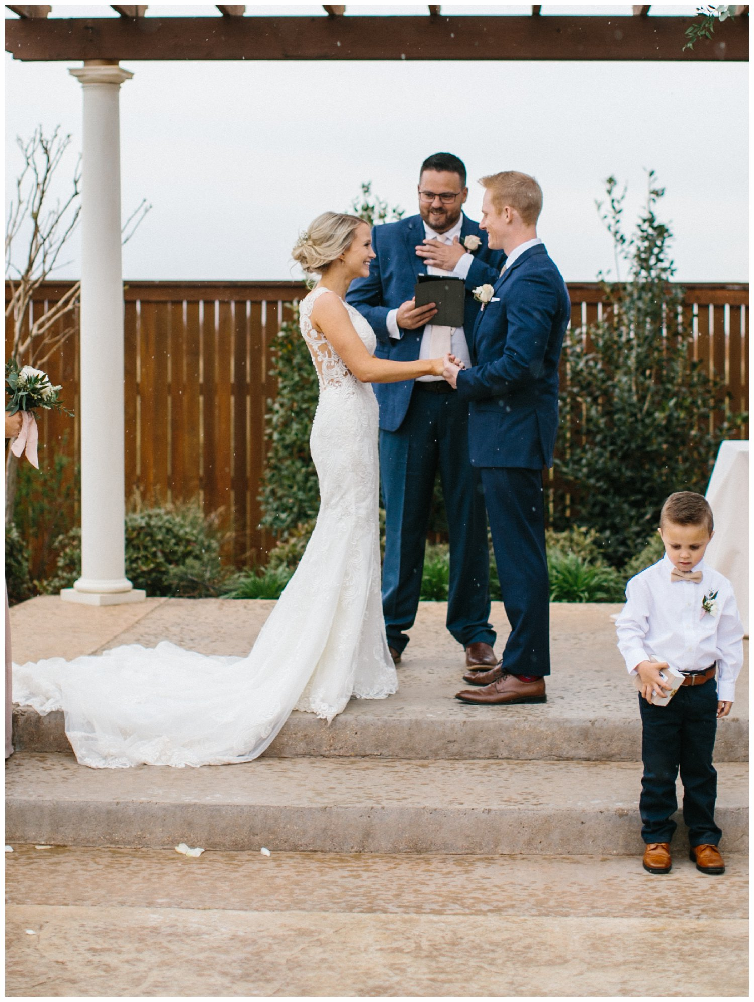 classic west texas wedding_0035.jpg