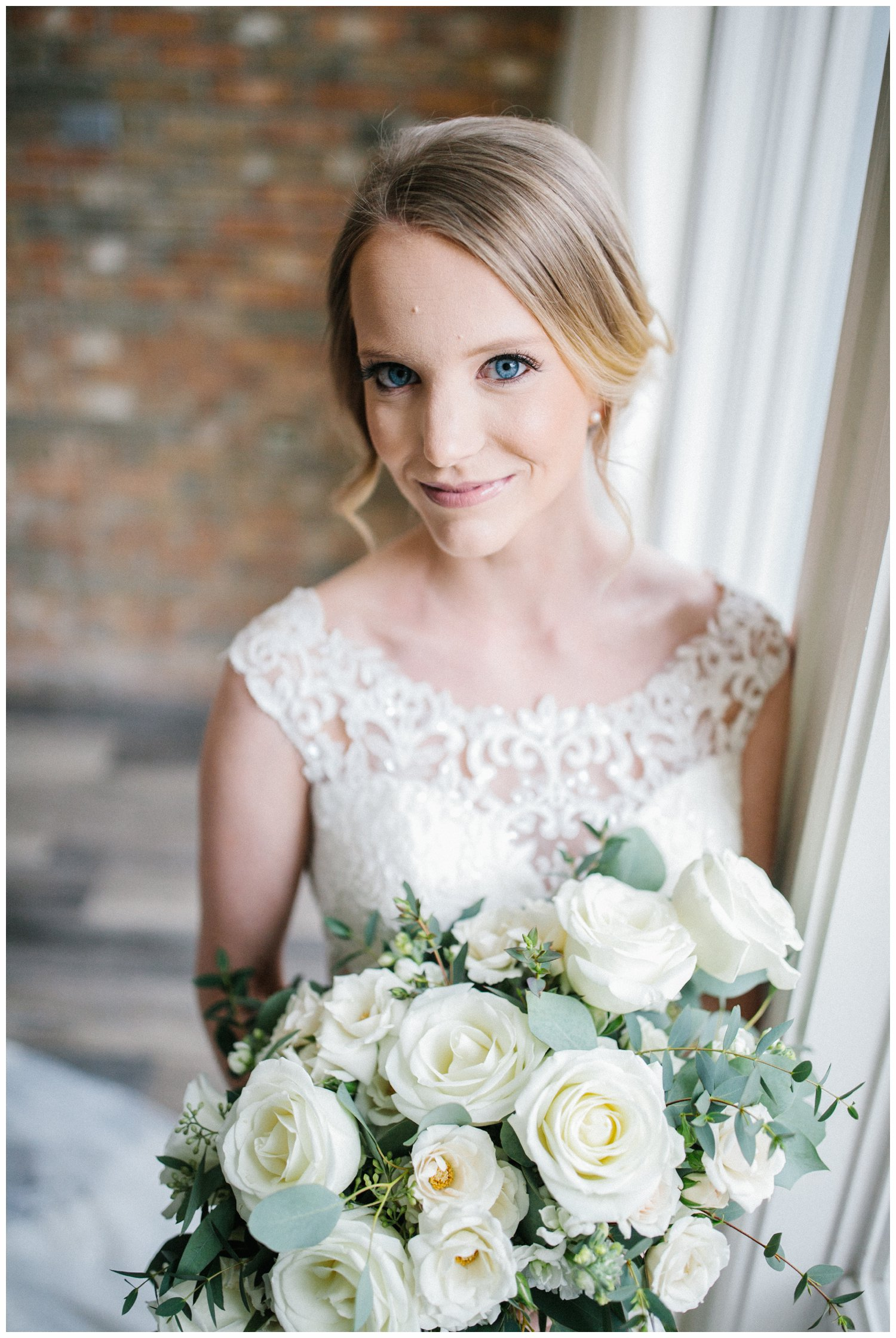 minimal timeless lubbock texas bridal portraits_01.jpg