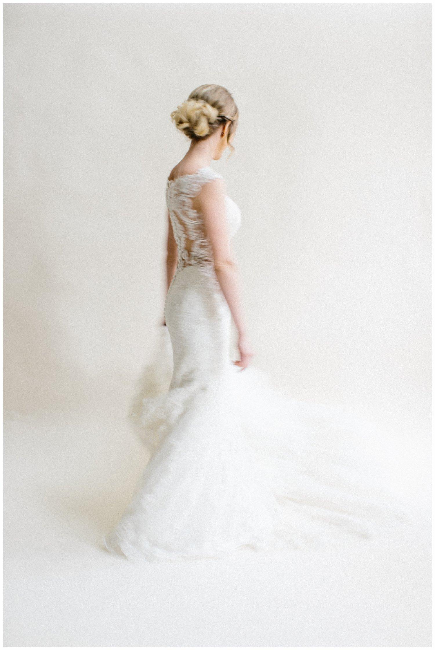 minimal timeless lubbock texas bridal portraits_12.jpg