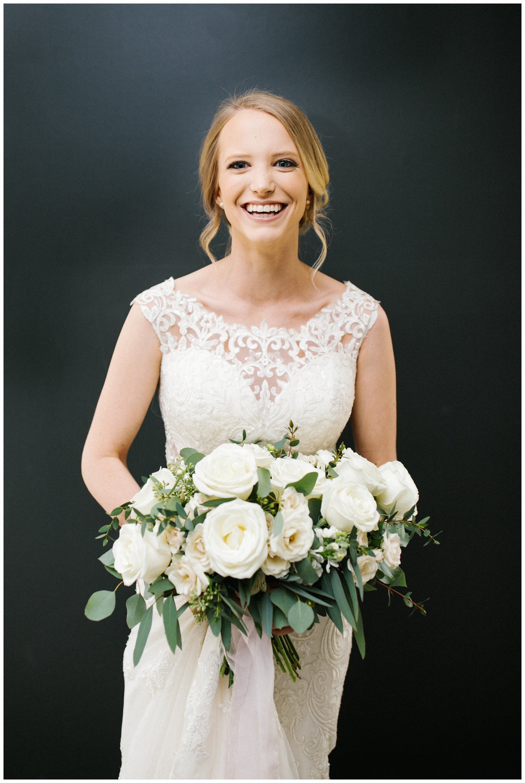 minimal timeless lubbock texas bridal portraits_17.jpg